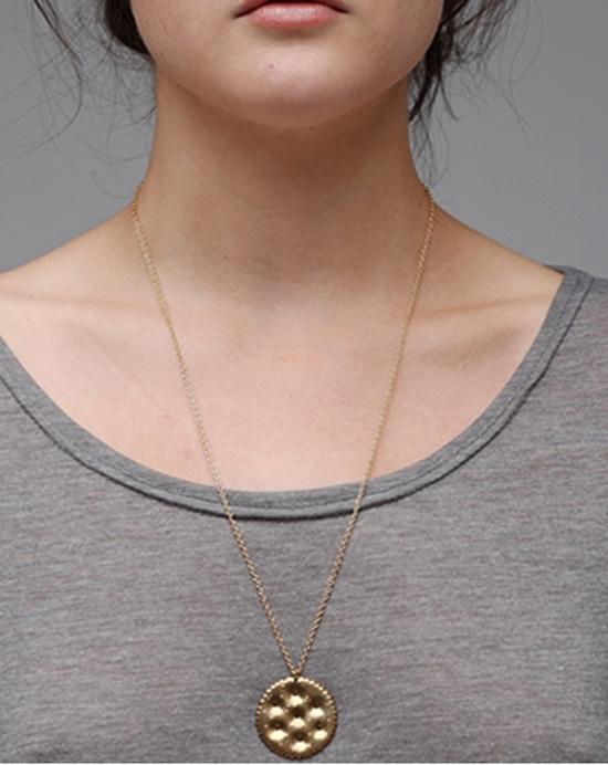 Ritz-cracker-necklace-1