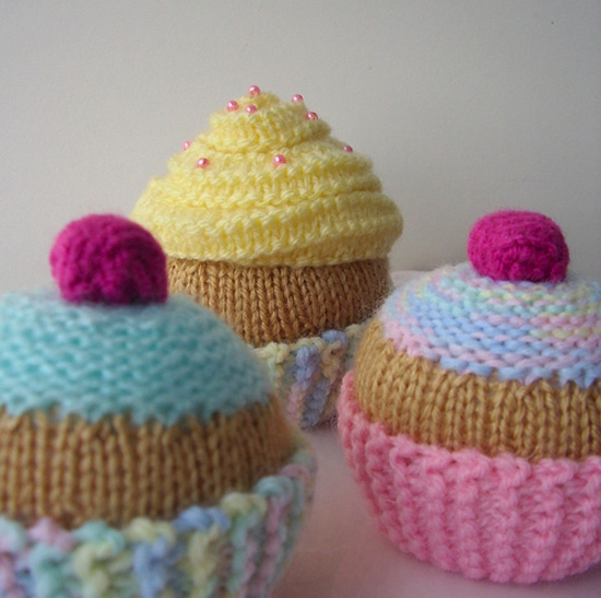 Cup cake knitting patterns - artatheart