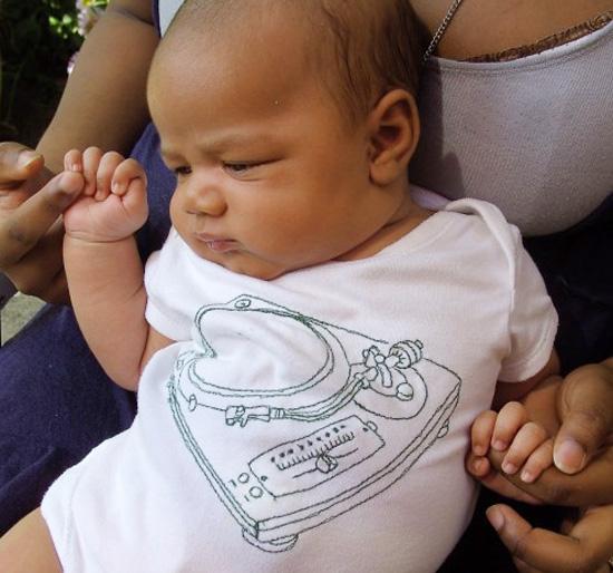 Record-Deck-Baby-Vest