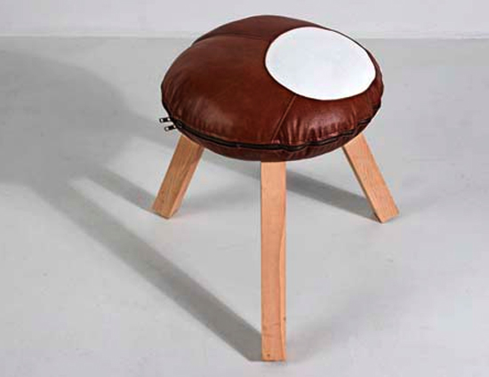 Beetroot-Conker-stool-2