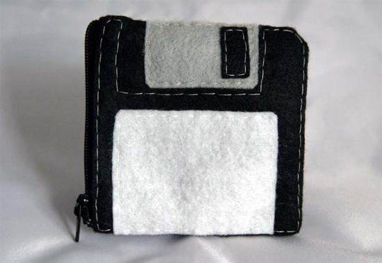 Floppy-Disk-Purse-1