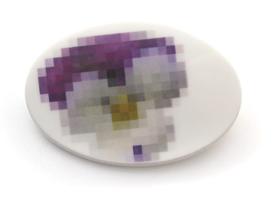 Pixel-Brooch-2