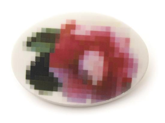 Pixel-Brooch-1